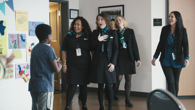 On World Kindness Day, WestJet Connections: Share kindness showcases how acts of kindness go a long way (CNW Group/WESTJET, an Alberta Partnership)