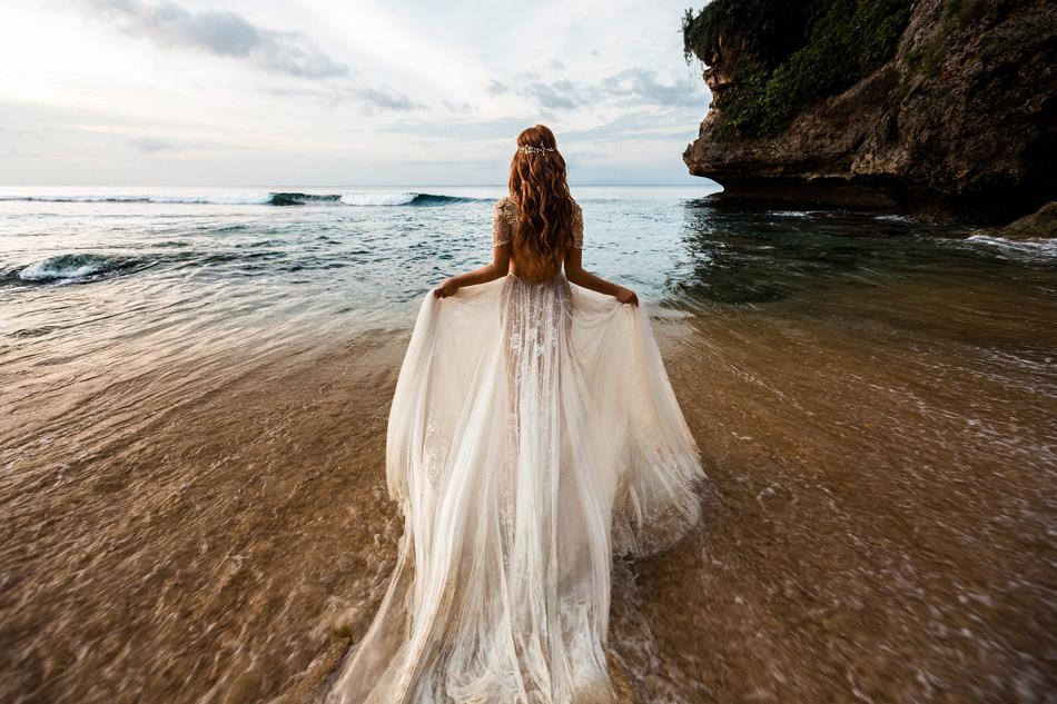 Wedding on the beach (CNW Group/FlightHub)