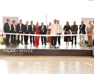 Nobu洛斯卡沃斯酒店庆祝正式开业,举行标志性的清酒仪式