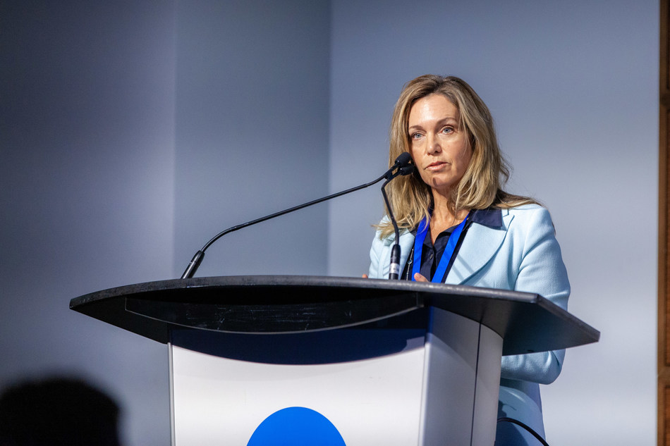 Jay-Ann Gilfoy, CEO of Vancity Community Investment Bank, speaks at the Social Finance Forum on November 7th, 2019. (CNW Group/Vancity Community Investment Bank (VCIB))