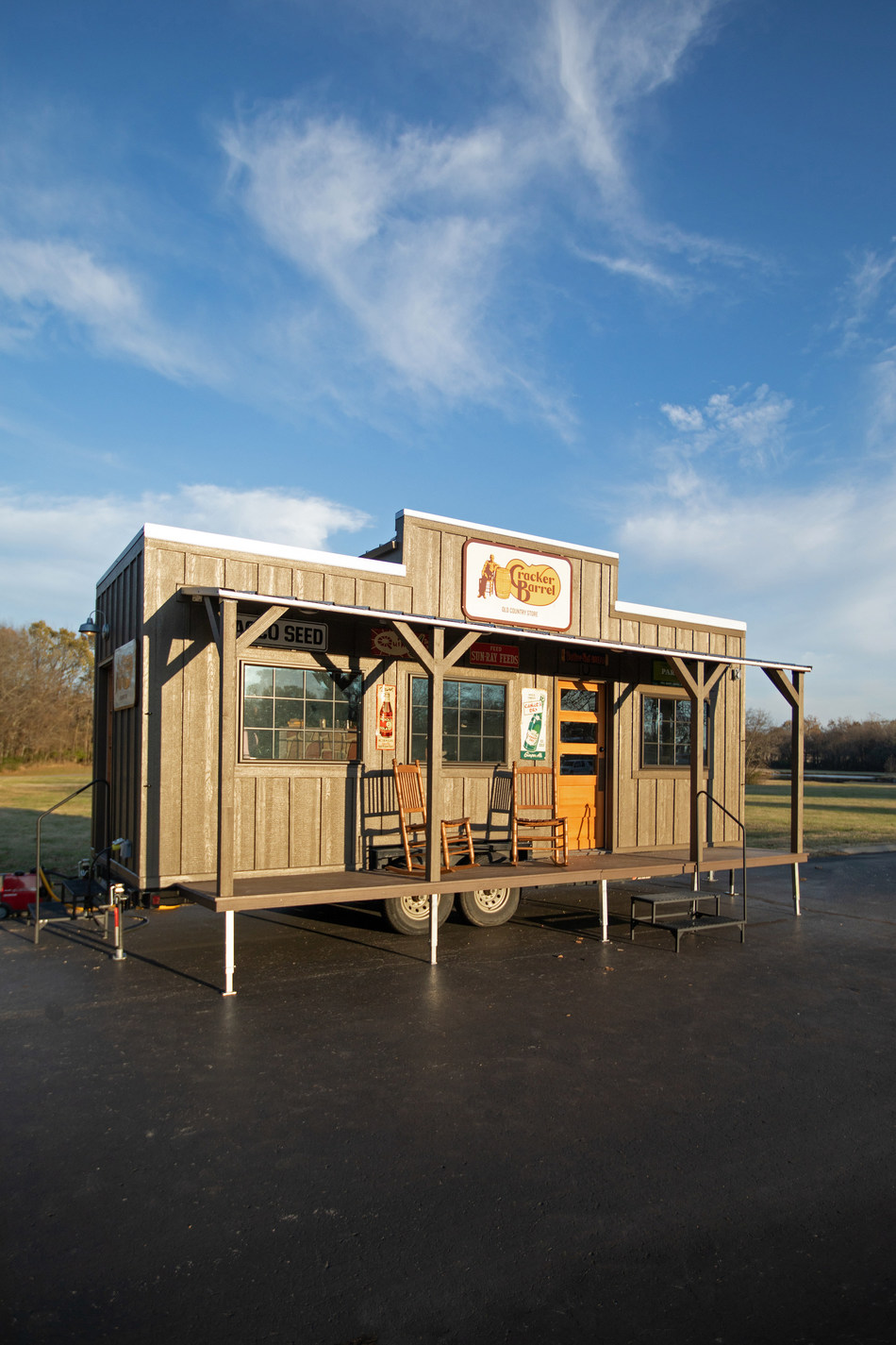 """In celebration of its 50th anniversary, Cracker Barrel Old Country Store unveiled a tiny, """"New York City-sized"""" Cracker Barrel store as part of its debut in the 93rd Annual Macy's Thanksgiving Day Parade."""