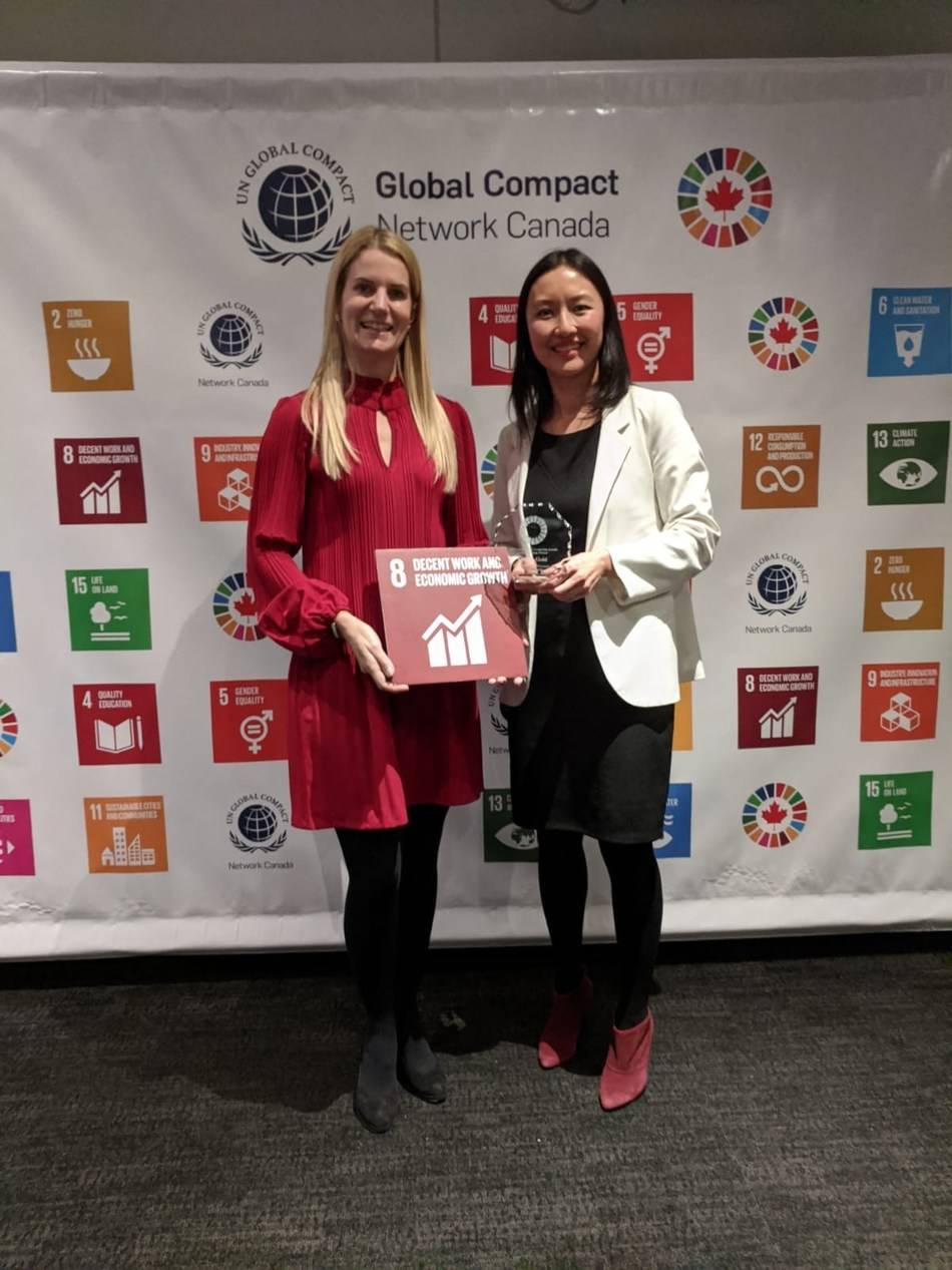 Figure 1. Tamara Brown (L), Lundin Gold director, and Ka-Hay Law (R) Lundin Foundation Vice President Impact and Investments attended the United Nations Global Compact Canada award ceremony on behalf of Lundin Gold. (CNW Group/Lundin Gold Inc.)
