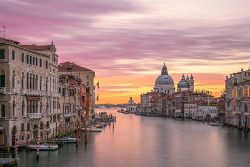 Sunset in Venice (CNW Group/FlightHub)