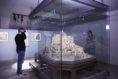 By donning a HoloLens, guests are taken into a 15- to 20-minute experience where the Mont-Saint-Michel model comes to life.