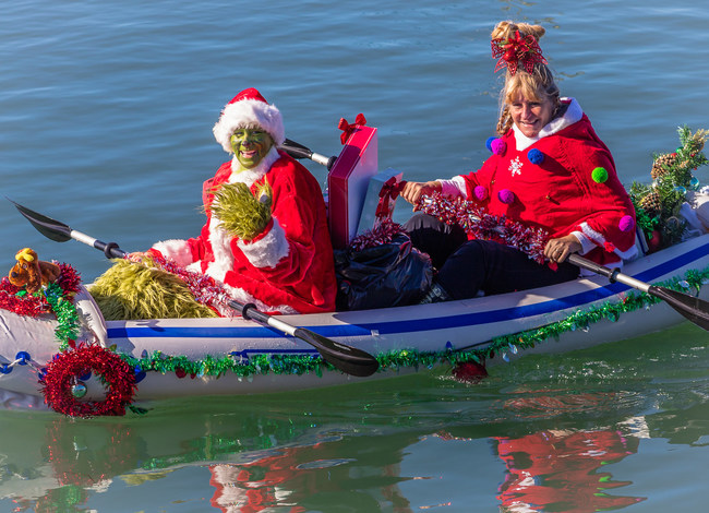 The Lighted Boat Parade Weekend in Morro Bay, Ca includes a Holiday Paddle! Everyone's invited!