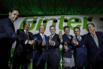 Caption for both - Launch of the first aircraft Embraer E195-E2 bought by Binter. EFE/Sebastião Moreira