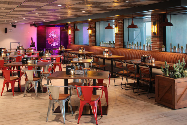 The newly amplified Oasis of the Seas debuts Royal Caribbean's first-ever barbecue restaurant, Portside BBQ. The meat-packed menu features authentic barbecue favorites inspired by the best-in-class styles across the United States.