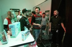 With 15 minutes, 3 challenges, shoppers have to compete and unlock puzzles in eBay's Black Friday Escape Room.