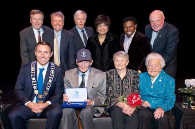 "Pictured (back row L to R): Toronto Mayor John Tory, Neil Davis, Robert Fisher, Maria Britto, Michael ""Pinball"" Clemons, the Honourable John McDermid Pictured (front row L to R): Mayor Patrick Brown, Bill Davis, Mrs. Davis, Hazel McCallion (CNW Group/The Corporation of the City of Brampton)"