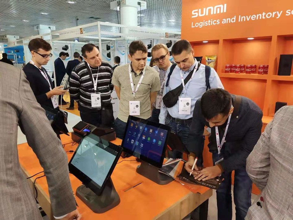 SUNMI intelligent IoT hardware attract many visitors to its booth
