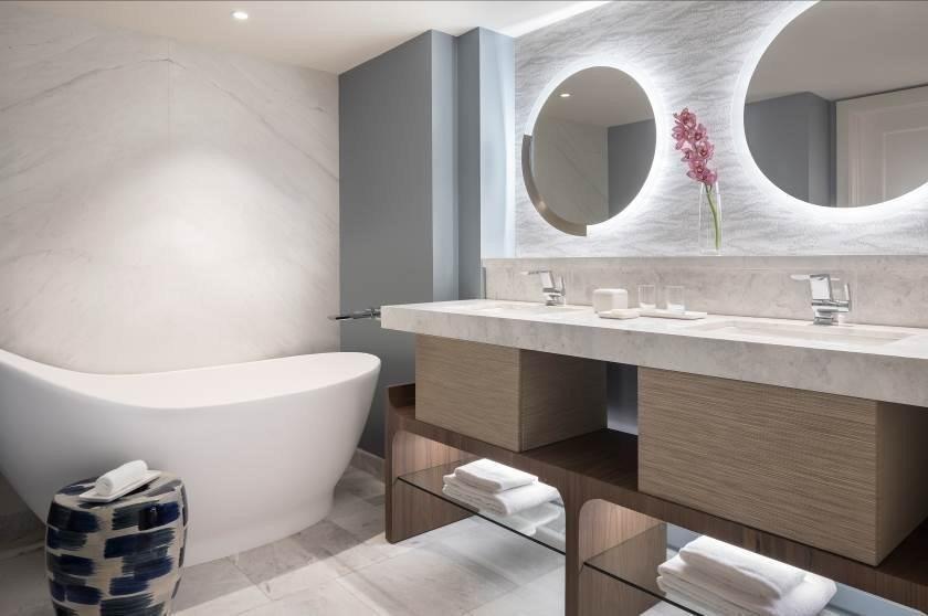 Ritz-Carlton St. Thomas Hotel Guest Bathroom
