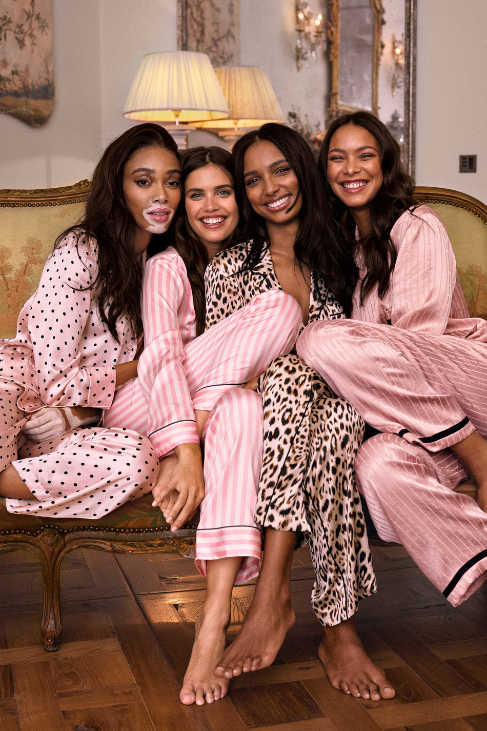 VICTORIA'S SECRET CELEBRATES GIVING TUESDAY WITH SUSAN G. KOMEN®