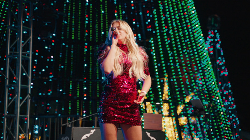 NBC's The Voice contestant Presley Tennant performs her new song Christmas Time USA at opening of AMAZE Light Festival on November 22nd.