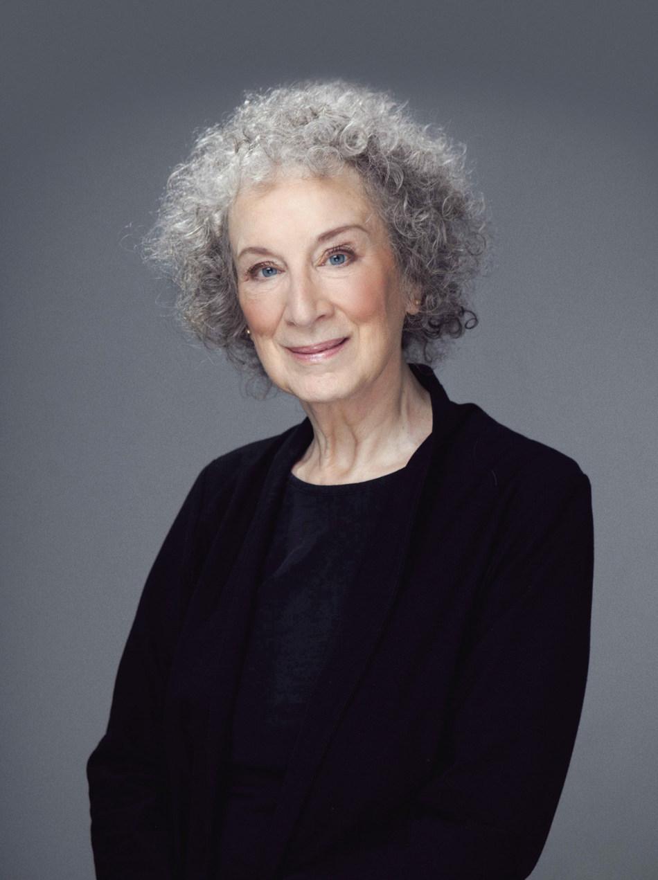 Une conversation avec l'écrivaine et romancière Margaret Atwood marque le coup d'envoi du Salon international du livre de Québec 2020 au Centre des congrès de Québec, le 14 avril 2020. (Groupe CNW/Société du Centre des congrès de Québec)