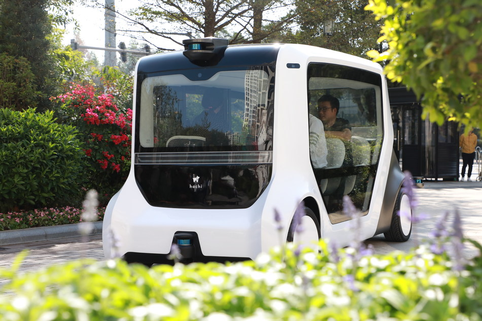 Hachi Auto autonomous vehicle launched by Seedland