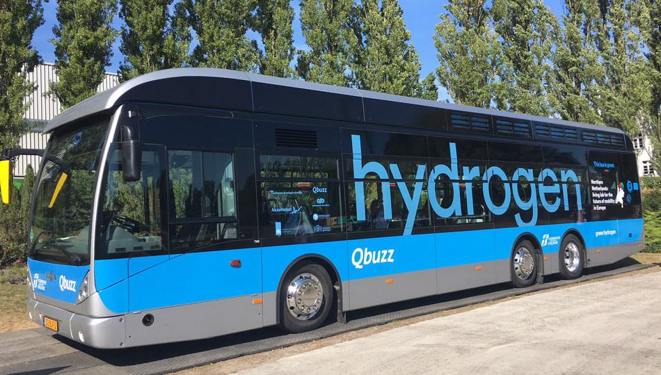 Ballard-powered Van Hool bus operated by Qbuzz (CNW Group/Ballard Power Systems Inc.)