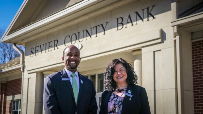 Calloway (left) and Abercrombie (right) will each have responsibility for three of the bank's six locations.