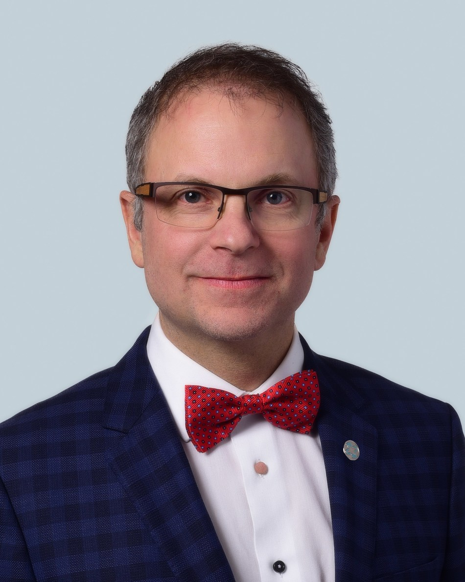 Carl Tremblay, DMD, President of Association des chirurgiens dentistes du Québec (CNW Group/ASSOCIATION DES CHIRURGIENS DENTISTES DU QUEBEC (ACDQ))