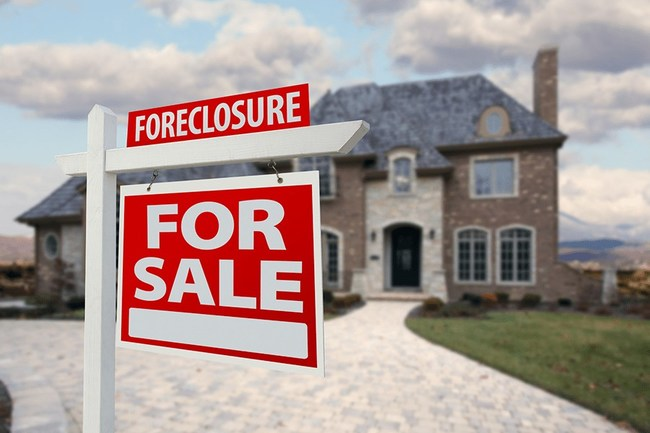 Foreclosed house for sale with ad
