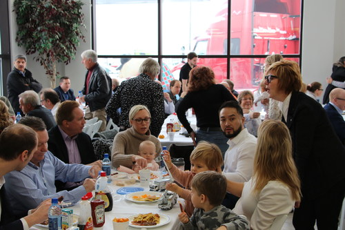 Maxim Truck & Trailer hosts a Charity Pancake Breakfast in their truck dealership showroom attracting over 450 guests and raising over $27,000 for the Christmas Cheer Board. (CNW Group/Maxim Truck & Trailer)