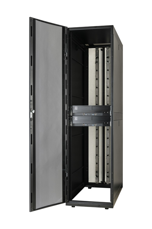 Schneider Electric partners with Avnet and Iceotope to create the industry's first commercially-available integrated rack with immersive liquid cooling. (CNW Group/Schneider Electric Canada Inc.)