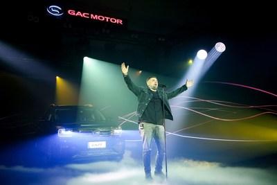 Basta, embajador del GS8, ofreció una actuación en el evento. (PRNewsfoto/GAC MOTOR)
