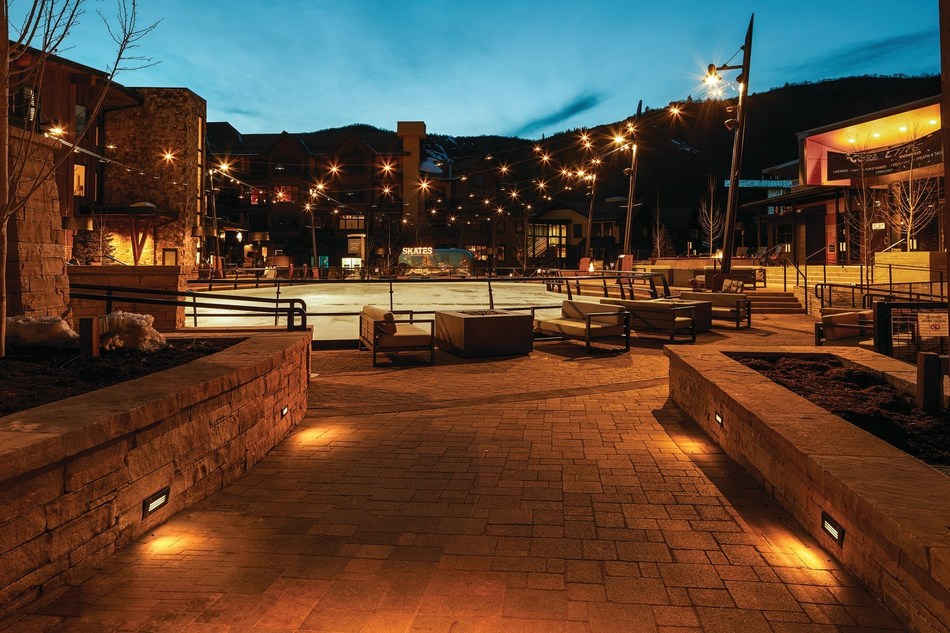 Amerlux S Weather Proof Step Lights Win Product Innovation Award