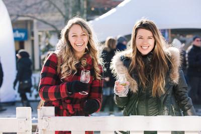 Niagara Icewine Festival attendees enjoying Ontario VQA Icewine at Canada's coolest wine festival! (CNW Group/Wine Marketing Association of Ontario)