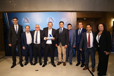Mr. Dimitris Lianos - Mayor of Naxos and Small Cyclades, Mr. Evaggelos Mpournous - Mayor of Rafina – Pikermi, Mr. Petros Karamolegkos - President of the Thirasia community, Mr. Marios Iliopoulos, Head of Strategic Planning and Development of SEAJETS, Mr. Lefteris Avgenakis - Deputy Minister of Culture and Sports, Mr. Konstantinos Revinthis - Mayor of Serifos, Mr. Antonis Sigalas – Mayor of Santorini, Mr. Vasilis Marakis – Mayor of Sikinos, Mrs Efthalia Papadopoulou - Mayor of Folegandros (PRNewsfoto/SEAJETS)