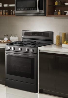 InstaView ThinQ(MC) dotée de la technologie de friture à air chaud. (Groupe CNW/LG Electronics Canada)
