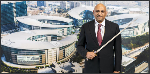Atul Chordia, Chairman, Panchshil Realty With The Coveted Sword of Honour (PRNewsfoto/Panchshil Realty)