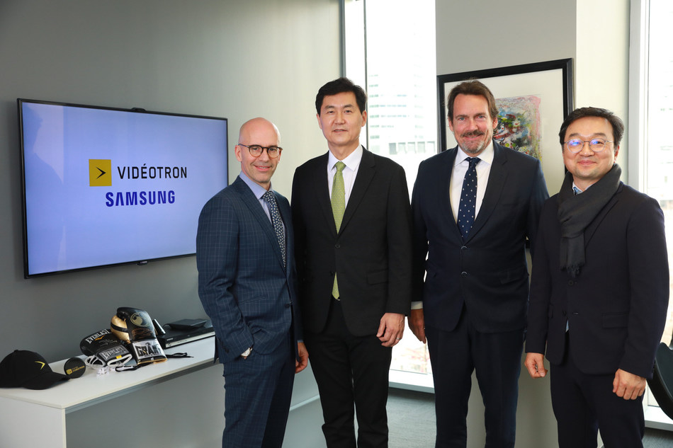 Jean-François Pruneau, President and Chief Executive Officer, Videotron, Paul Kyungwhoon Cheun, Executive Vice President and Head of Networks Business, Samsung Electronics, Jeff Jo, President and Chief Executive Officer, Samsung Canada and Pierre Karl Péladeau, President and Chief Executive Officer, Québecor. (CNW Group/Videotron)