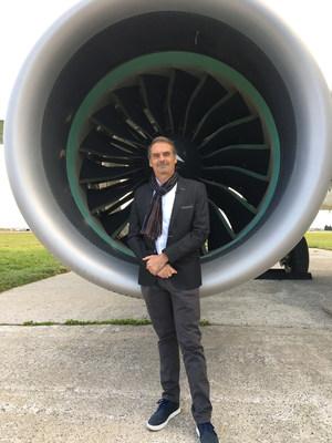 François Garnier, professeur et titulaire de la Chaire de recherche industrielle Safran sur le développement de systèmes d'aéropropulsion durables. (Groupe CNW/École de Technologie Supérieure)
