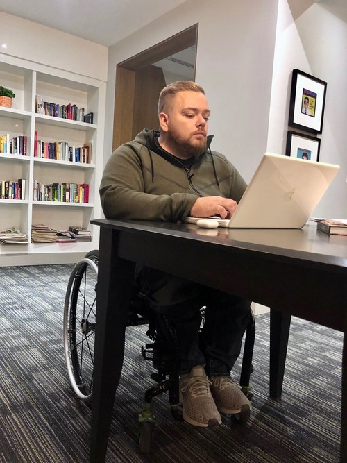 Robert Shaw - Ex Apple Genius claims he was given limited accommodations at the tech company. (CNW Group/Monkhouse Law)