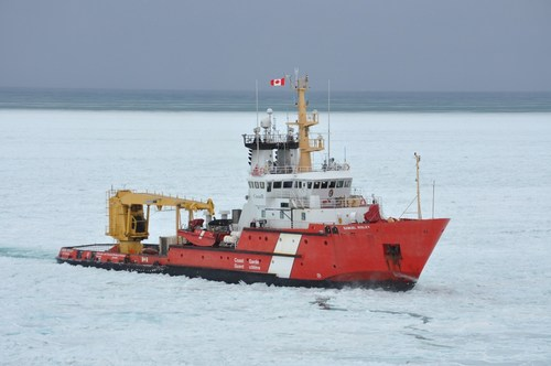 The CCGS Samuel Risley performs icebreaking duties near Goderich, Ontario in February 2019. (CNW Group/Canadian Coast Guard)