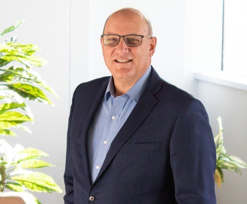 Headshot: Lucio Di Clemente, Board Member and Audit Committee Member, Spark Power Corp. (CNW Group/Spark Power Group Inc.)