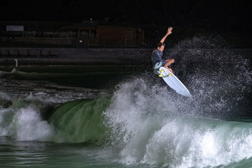 PerfectSwell Surf Stadium Japan will create an arena like atmosphere to surfing bringing spectators closer to the action than ever before.