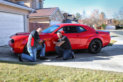 Ho Ho Hellcat Santa Bill Goldberg Delivers First Dodge Challenger Srt Hellcat Redeye To Dodge Horsepower Challenge Winner Just In Time For Christmas
