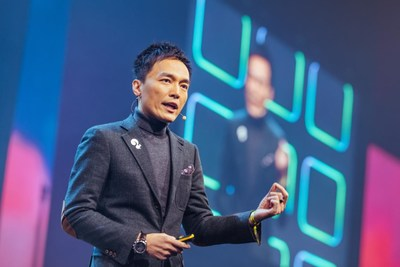 Founder of Squirrel AI Learning Derek Li is giving a speech