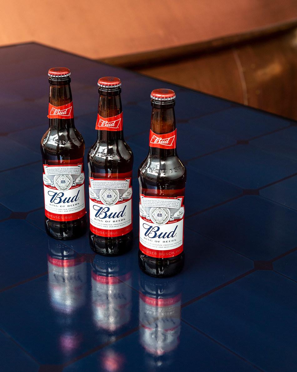Budweiser_bottles