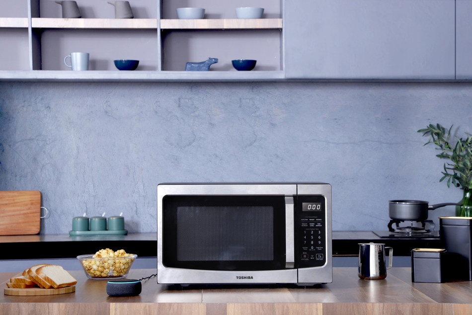 Toshiba Smart Microwave With Ability to Pair with Amazon Alexa and Google Home Debuts at CES 2020