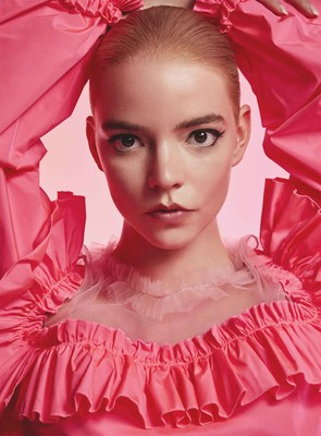 ANYA TAYLOR JOY AS THE PREMIERE VIKTOR&ROLF FLOWERBOMB AMBASSADRESS