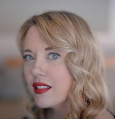 Holly Cybulski, MA, ARP (Groupe CNW/Société canadienne des relations publiques)