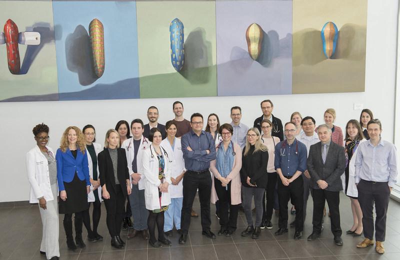 Au CHUM, professionnels, chercheurs et médecins issus d'une douzaine de spécialités médicales ont uni leurs forces pour mieux dépister et traiter les patients atteints d'amyloïdose. Crédit : CHUM (Groupe CNW/Centre hospitalier de l'Université de Montréal (CHUM))