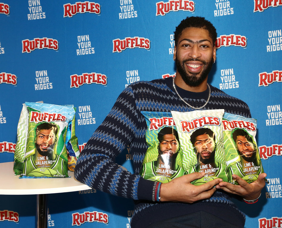 Anthony Davis attends the Anthony Davis Ruffles Lime & Jalapeno Chip Launch at City Market Social House on January 14, 2020 in Los Angeles, California. (Photo by Tommaso Boddi/Getty Images for Ruffles)