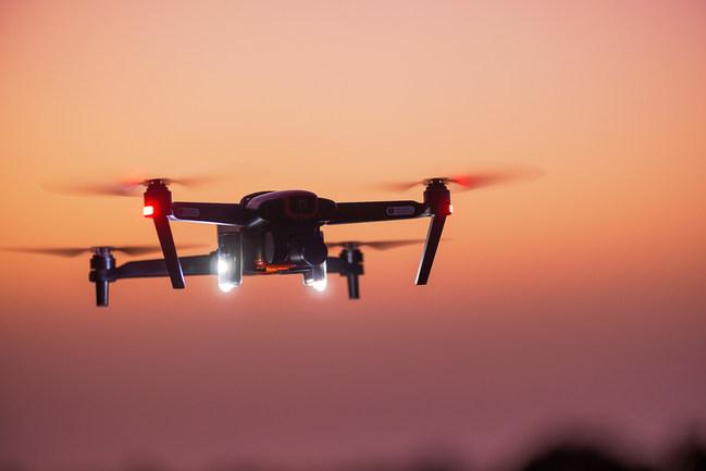 D3060 Light on an Autel Evo drone
