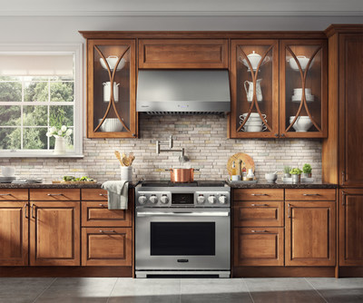 Signature Kitchen Suite, the trailblazing luxury kitchen appliance brand, is broadening its portfolio of built-in culinary appliances with a new pro-range, pro- cooktop and wall ovens all featuring the must-have innovation the brand is known for: sous vide technology.