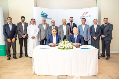 International Maritime Industries CEO, Mr. Fathi Al Saleem, and Lamprell's CEO, MR. Christopher McDonald, signing the Two New Build Rig subcontract agreements in attendance of International Maritime Industries Chairman, Mr. Ahmad A. Al-Sa'adi, Senior vice president, Technical Services of Saudi Aramco and other board and management representatives from the two companies.