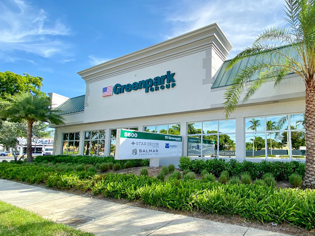 The 12,000 sq.ft Head Office in Fort Lauderdale includes a stunning decor center. (CNW Group/Greenpark Group)