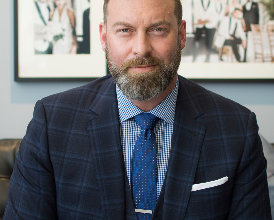The new showroom is INDOCHINO's fifth in the GTA and marks a homecoming for INDOCHINO's President & CEO, Drew Green, who was born and raised in Scarborough. (CNW Group/Indochino Apparel Inc.)